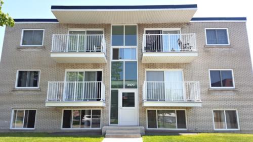 Entrée bloc appartement rue Pratte Saint-Hyacinthe